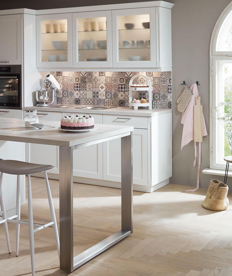 Landhaus Küche mit moderner Technik