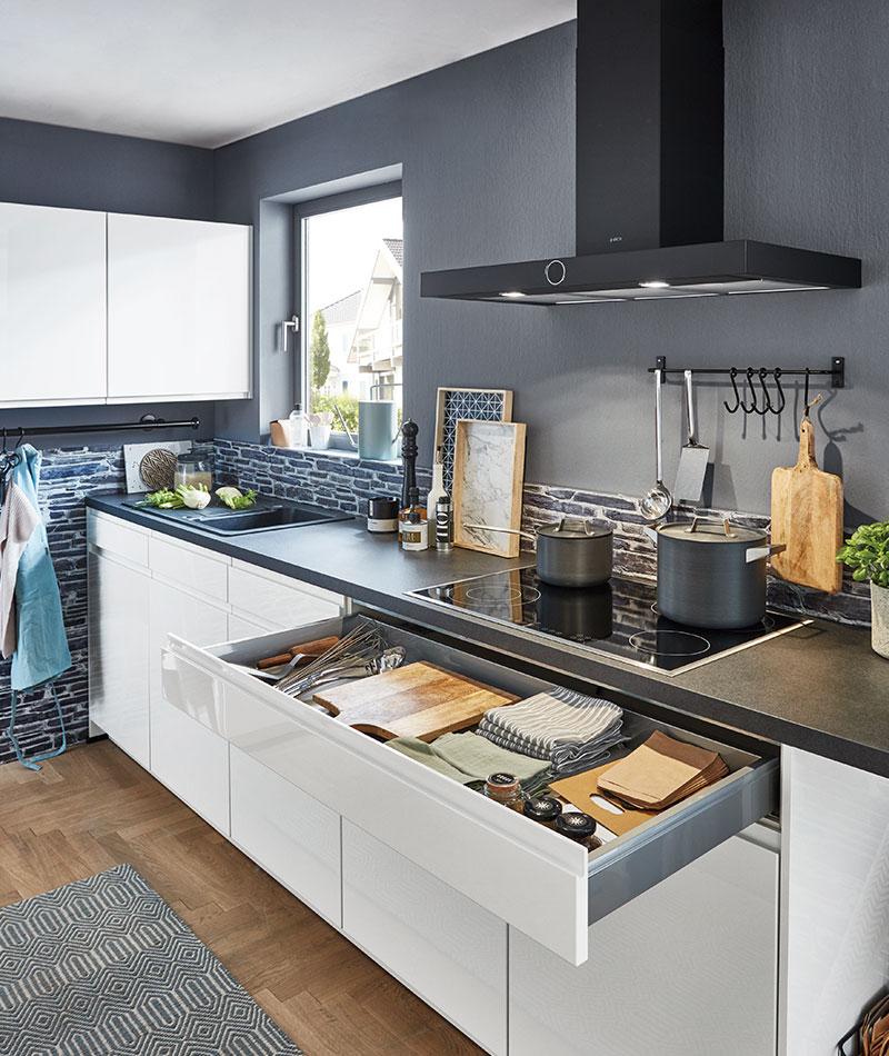 Moderne und traditionelle Küche