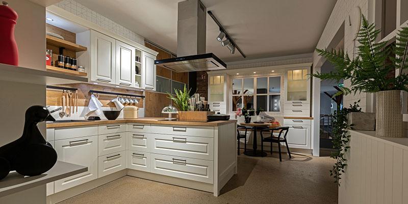 Montage & Installation einer Küche
